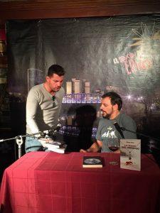 Juan Solo y JJ Vaquero en El rincón del Erizo - Valladolid - Presentación La mano del verdugo - Juan Solo - JJ Vaquero