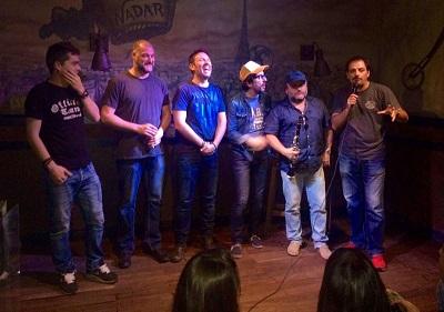 Comikazes - Álex Clavero - Salomón - Iñaki Urrutia - Flipy - Alfredo Díaz y su clarinete - Juan Solo - JJ Vaquero - Don Mauro - en Beer Station