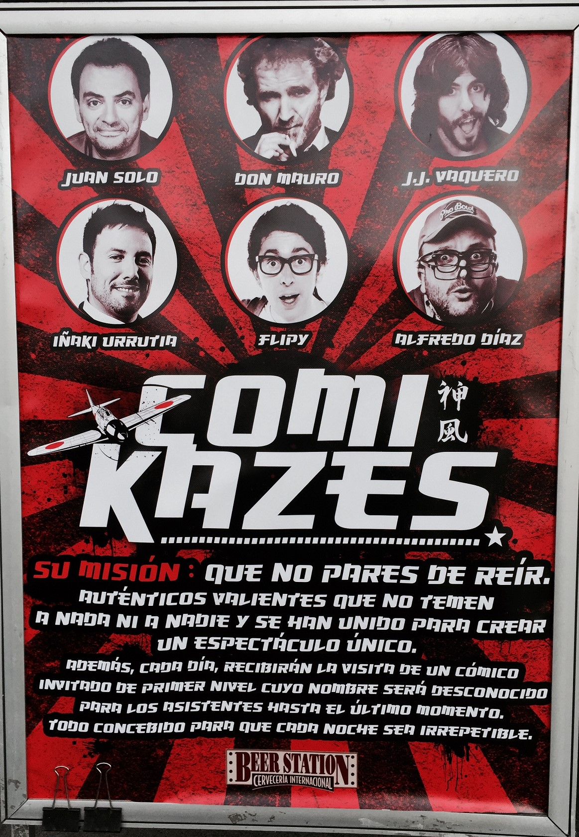 Cartel de los Comikazes - Juan Solo - Don Mauro - JJ Vaquero - Iñaki Urrutia - Flipy - Alfredo Díaz - Beer Station - Comikaces