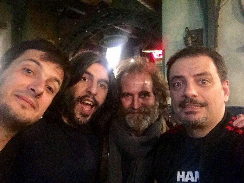 Juan Aroca y Jordi Merca fueron las estrellas invitadas en la actuación de los Comikazes (JJ Vaquero, Flipy, Don Mauro, Alfredo Díaz, Iñaki Urrutia y Juan Solo) en Beer Station
