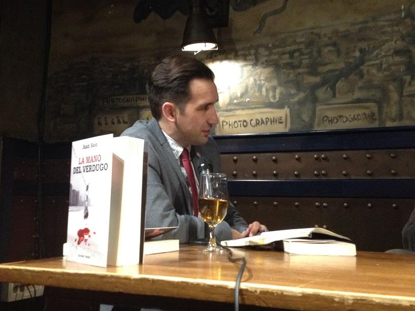 Presentación de La mano del verdugo (Vaughan Systems) con Miguel Lago, Ángel Arias y Juan Solo en Beer Station Madrid