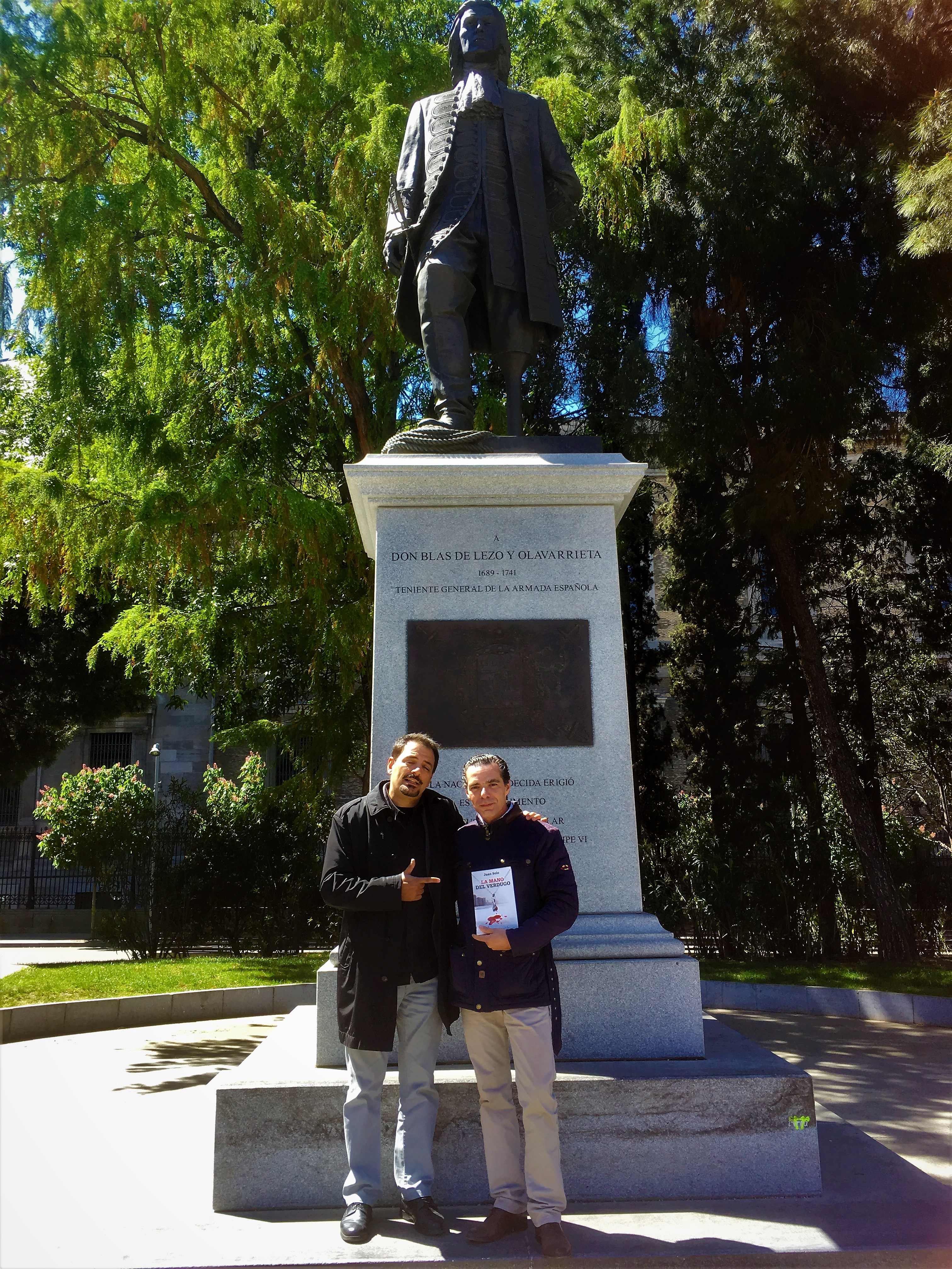 JUAN SOLO - SEGUNDA EDICION DE LA MANO DEL VERDUGO - VAUGHAN LIBROS - BLAS DE LEZO - SALVADOR AMAYA