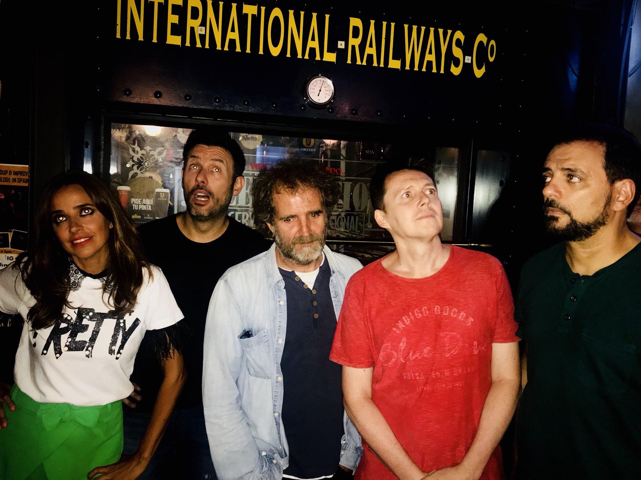 Comikazes - Don Mauro - Iñaki Urrutia - Juan Solo - Carlos Clavijo - Carmen Alcayde - Beer Station - Banzai