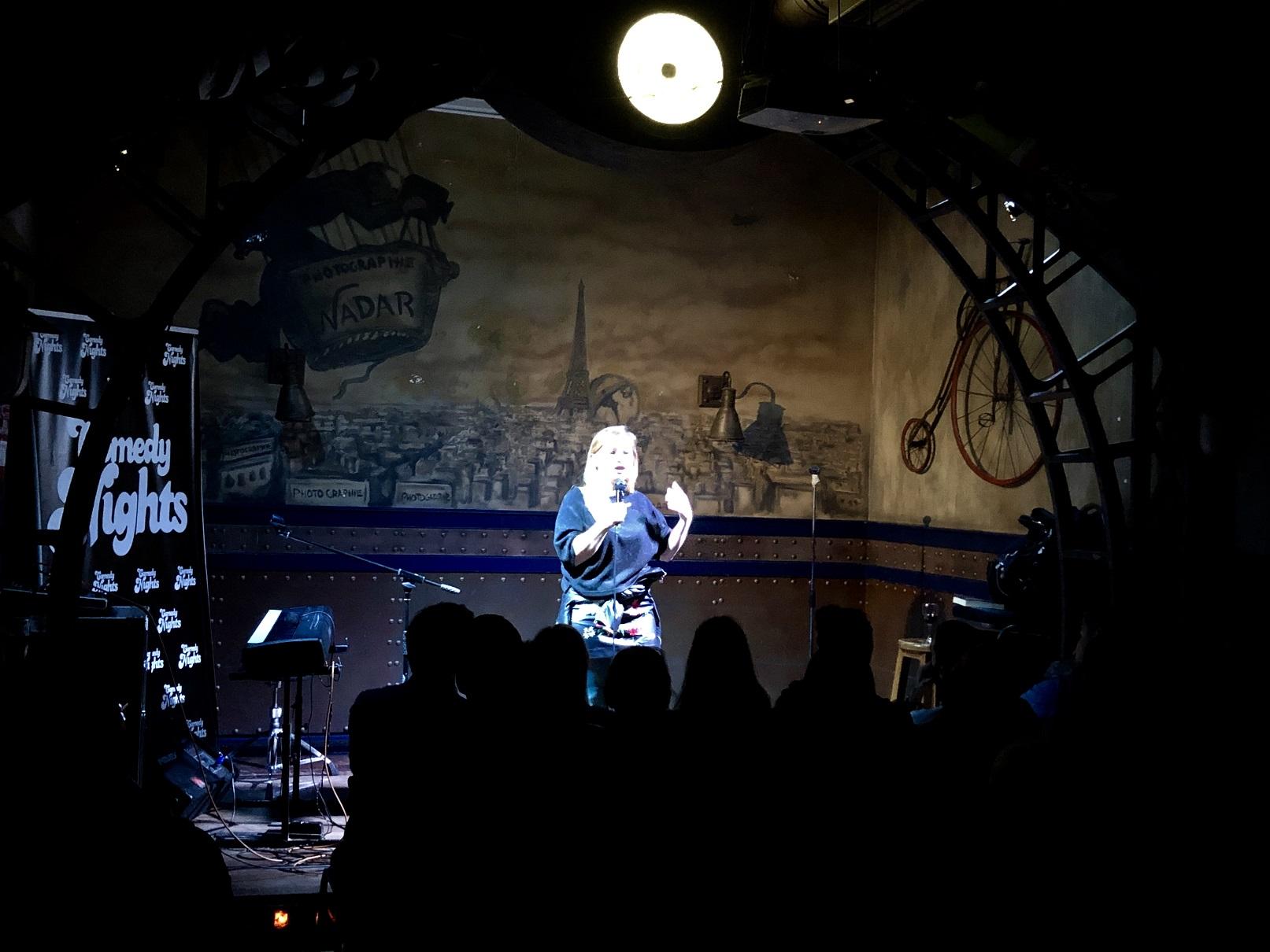 Noche de las grandes con Luis Álvaro, Tappy y Bianca Kovacs con los Comikaze en Beer Station