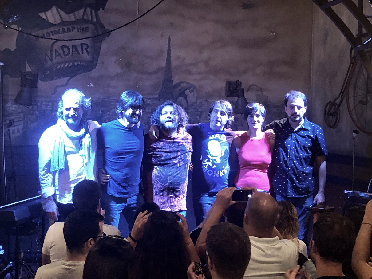 Los Comikazes Don Mauro y Juan Solo lograron un lleno de verano en Beer Station acompañados por Luis Piedrahita, Esculmicias, Marcos Mas y el debut de Nuria Jiménez - Banzai