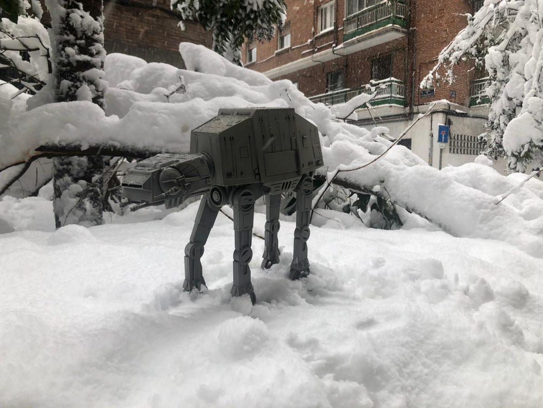 Los AT-AT toman Madrid durante la nevada del siglo - Juan Solo - Cadena COPE - La Tarde - Star Wars - El hombre que sabía demasiado poco