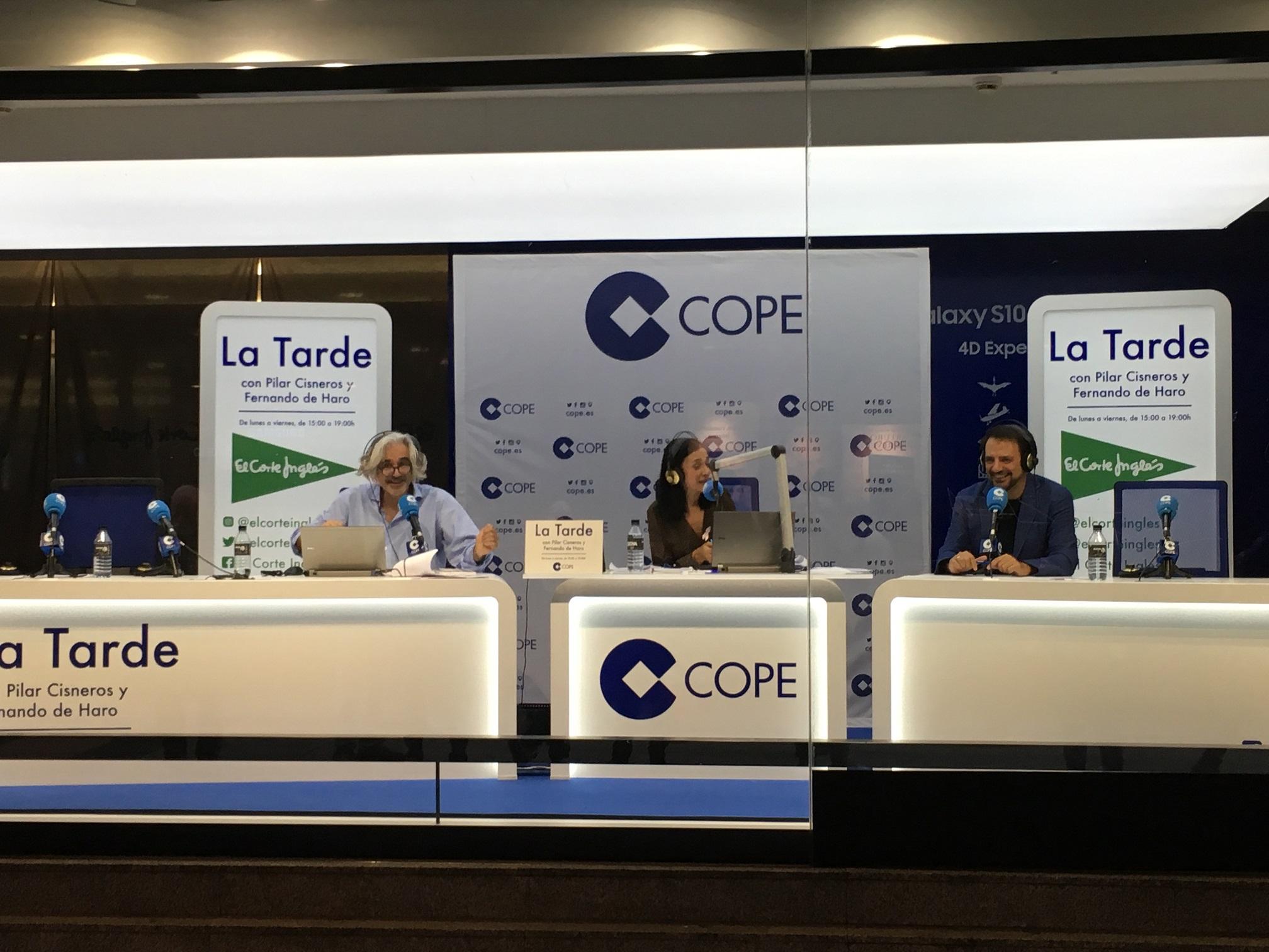 La Tarde de COPE en El Corte inglés de Callao en apoyo a la lucha contra el cáncer de mama - Cadena COPE - Fernando de Haro - Pilar Cisneros - Juan Solo