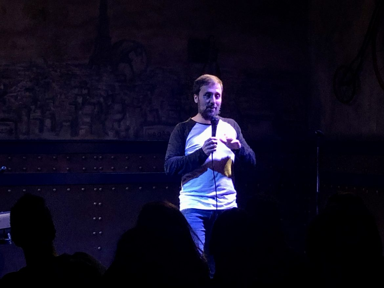 Richard Salamanca en el escenario del Beer Station con los Comikazes - Richard Salamanca - Karim - Álvaro Seko - Iñaki Urrutia - Juan Solo - Beer Station - Comikazes